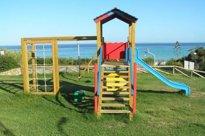 free beach club parco giochi