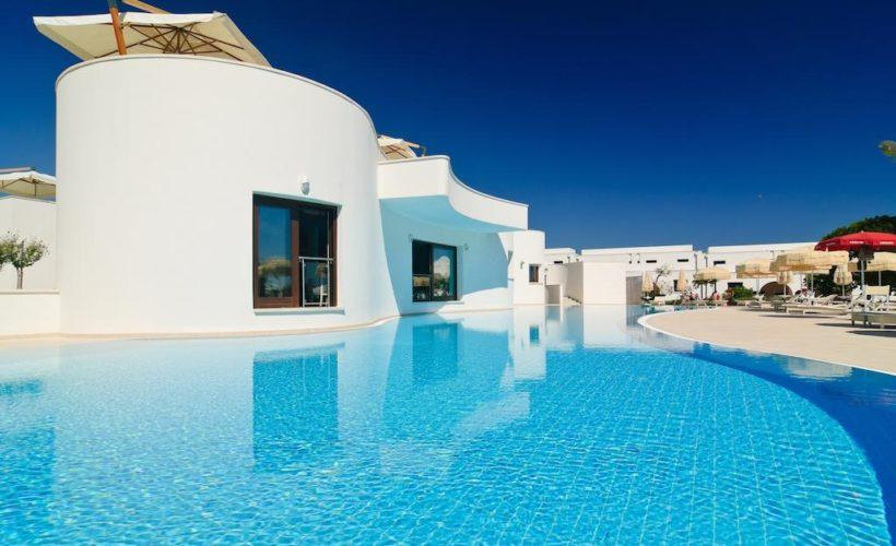 pietrablu resort e spa piscina