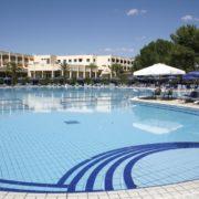 ti blu village piscina