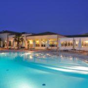 sikania resort piscina