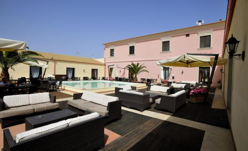 sikania resort piscina 2