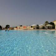 sikania resort piscina 3