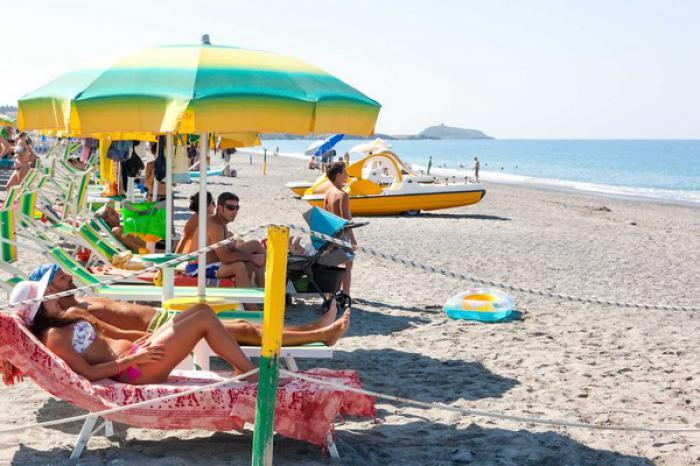 suite hotel club domincus spiaggia 2
