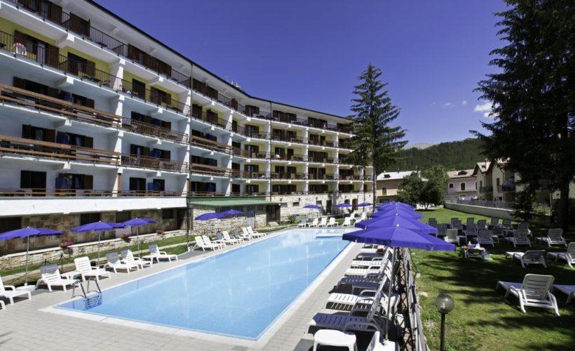 grand hotel del parco piscina