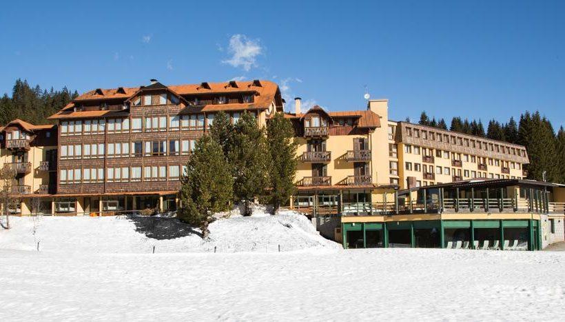 Th Golf Hotel esterno