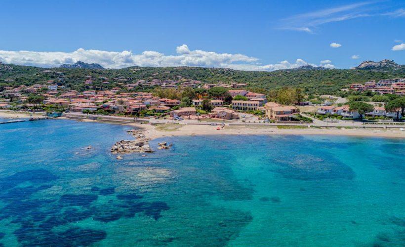 laconia village spiaggia